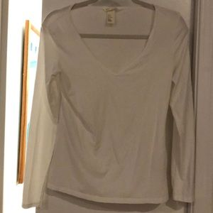 H&M white long sleeved v-neck tee size M but Small